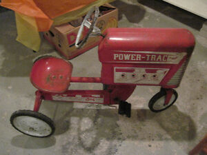 Tricycle antique tractor