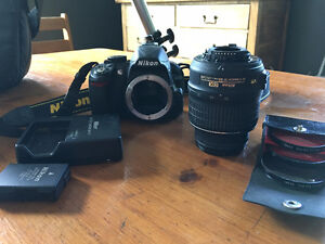 Nokia D3100 DSLR Camera with 18-55 VR Kit, Tripod and Bag.