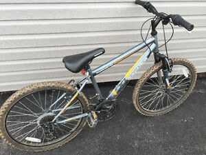"MEDIUM SIZE (24"") MOUNTAIN BIKE"