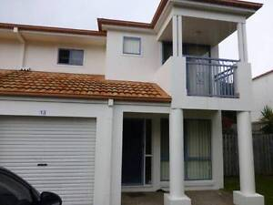 Spacious Townhouse Pacific Pines Pacific Pines Gold Coast City Preview