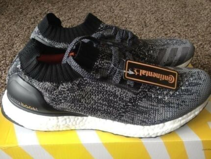 Adidas Ultra Boost uncaged pure yeezy nmd NEW 8US