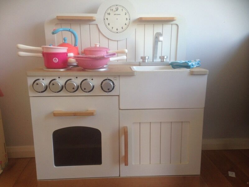 Children 39 s john lewis kitchen in burgess hill west for Kitchen ideas john lewis
