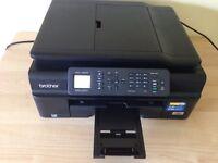 une imprimante brother mfc-j450dw
