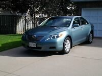 2009 Toyota Camry Hybrid Sedan - must be sold by July 31/15!