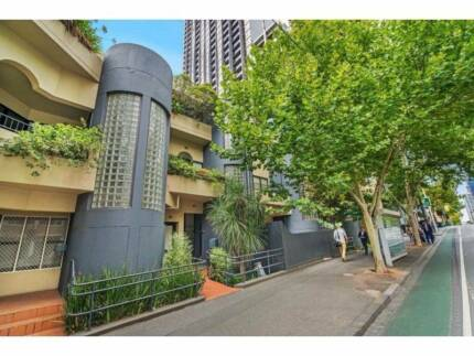 DOUBLE ROOM IN CITY CENTER Melbourne CBD Melbourne City Preview