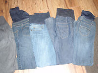 Maternity Jeans - size small (4 pairs plus 1 pair pants)