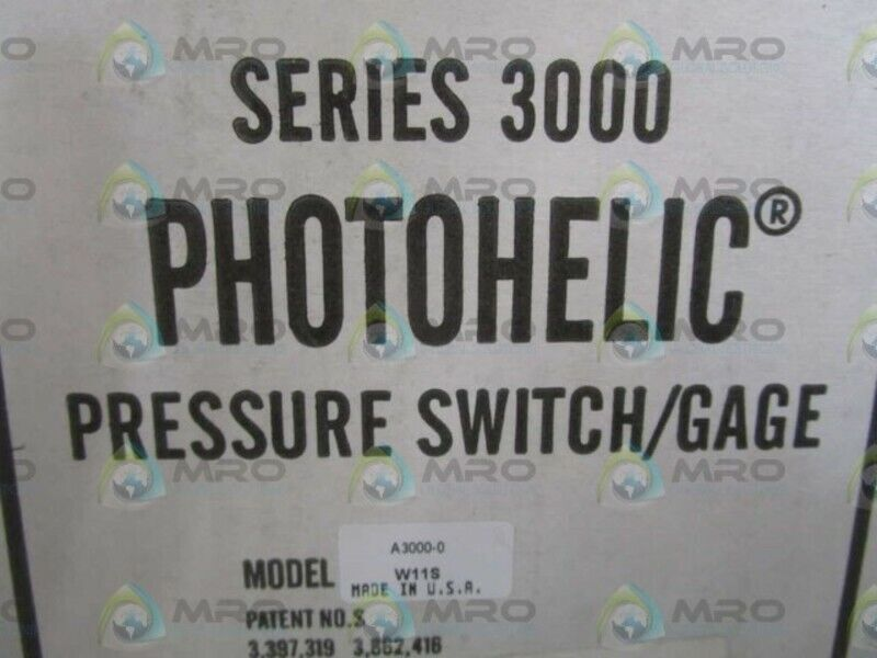 DWYER A3000-0C SWITCH/GAGE PRESSURE * NEW IN BOX *