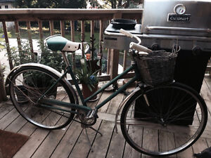 Vintage Raleigh Robin Hood (English) cruiser bike 60's