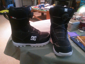 Boys snowboard boots