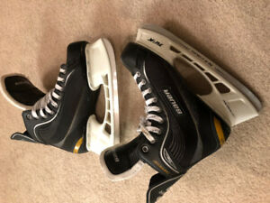 Bauer Supreme ONE20 size 9R like new ice skates 10 mens ccm