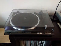 TECHNICS SL BD20 STEREO TURNTABLE