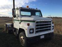 IHC tandem farm truck