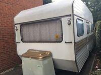 Caravan 2/4 birth