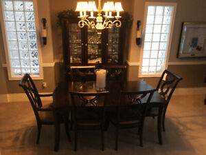 Moving Sale-Solid Dining Room Set with Cabinet (6 chairs)
