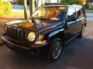 2009 JEEP PATRIOT NORTH 4WD *** MANUEL + FULL + MAGS 17 + A1 ***