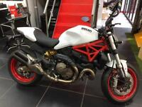 Ducati Monster 821 WHITE SILK THE BEST COLOUR PRE REGISTERED OFFER !!