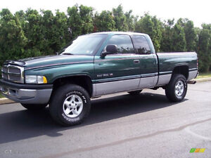 2000 Dodge Power Ram 2500 Pickup Truck