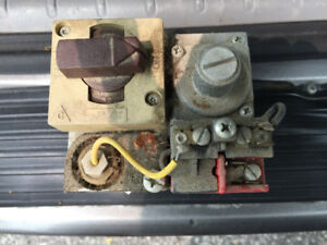 HONEYWELL GAS VALVE FROM POOL HEATER