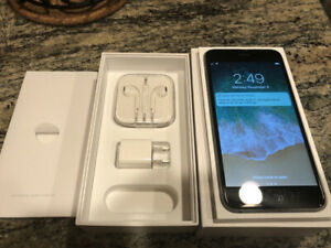 Unlocked iPhone 6 64gb -9.5/10 Condition -W/Accessories!​