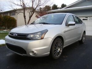 2011 FORD FOCUS SES-LOADED