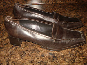 Sesto Meucci shoes - 9.5  Although fit a size 9 more comfortably