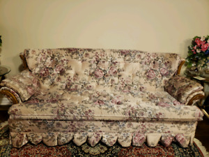 Sofa set in mint condition