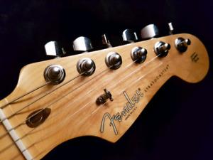 2015 Fender Stratocaster  (USA)