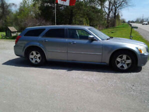 2007 Dodge Magnum, well cared for and in good shape