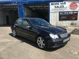 2006 black Mercedes-Benz C220 2.1TD auto Sport Edition paddle shift export??