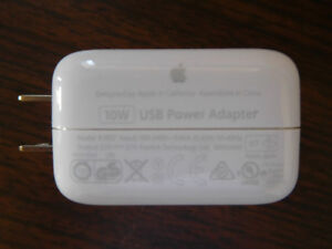BRAND NEW APPLE IPHONE 10W FOR IPHONE & IPAD CHARGER