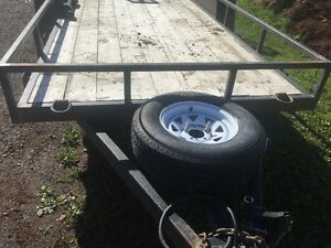 Lightly Used 2014 Tandem Trailer Electric Brakes