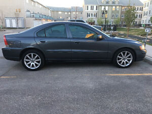 2006 Volvo S60 AWD 2.5L Turbo/ Auto /Safety/ Leather/ Sunroof