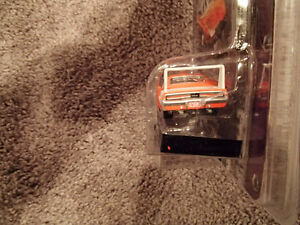 Greenlight Collectibles 1969 Dodge Charger Daytona - Muscle Car Sarnia Sarnia Area image 5