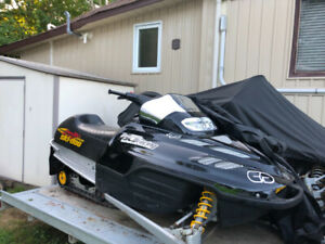Snowmobile 2001 MXZ