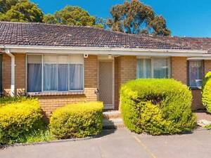 Convieniently Located 2 Bedroom unit near to Everything Thomastown Whittlesea Area Preview
