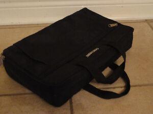 Case Logic black carrying case bag London Ontario image 6