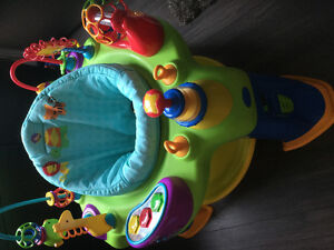 Brand new condition oball exersaucer