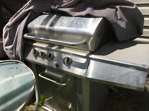 CUISINART NATURAL GAS GRILL