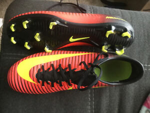 Mercurial cleats, size 11, as new