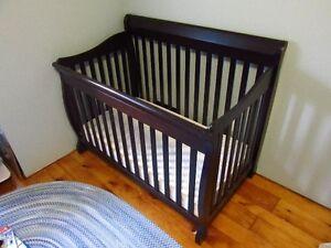 Tammy Convertable Crib with Mattress