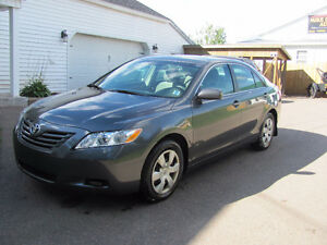 2007 Toyota Camry LE Sedan....Must be Seen!!!