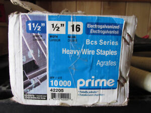 Heavy Wire Stapes
