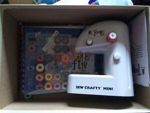 See crafty mini  Campbell River Comox Valley Area image 1
