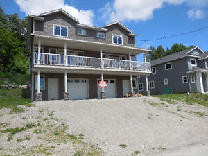 Rossland 4 bedrooms brand new