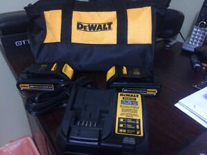 DEWALT 20V CHARGER WITH TWO BATTERIES AND NYLON BAG