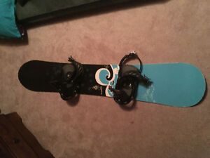 152cm Rossignal snowboard and Salomon bindings in good condition