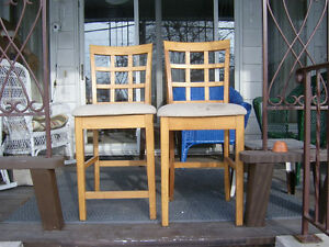 LOOK 2 BAR CHAIRS