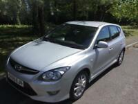 2010 60 Hyundai I30 1.6 Comfort CRDI 1 lady owner 12 months mot great econemy