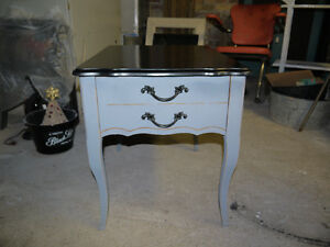 vintage end table, drawer, black grey, sturdy