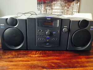 RCA BassReflex Radio with CD Player